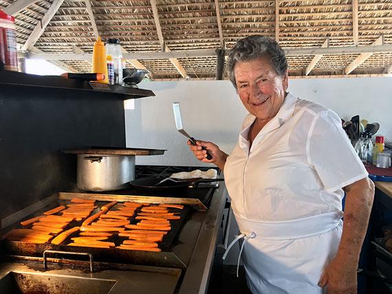 Marina Cooks